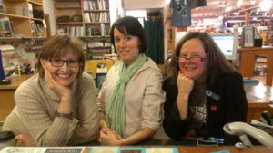 HVF (l.) with Victoria Irwin (r.) at Eagle Harbor Book Co. 2013